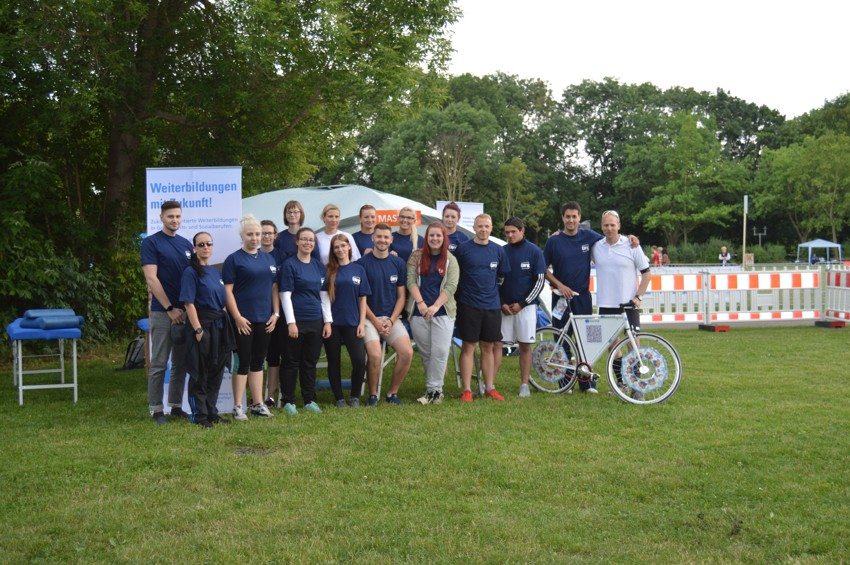 Halle Firmenlauf Physiotherapie Team 06 15 03